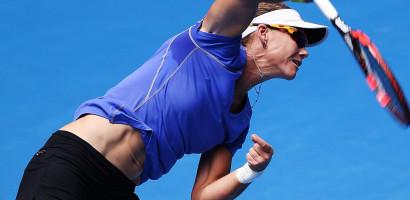 Tennis – Aussie Stosur stuns Serena to reach Stanford semi