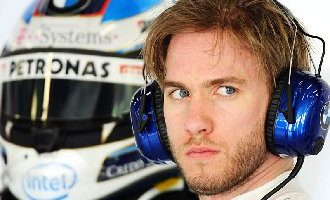 Nick Heidfeld will replace Spaniard Pedro de la Rosa at Sauber for the remaining five races of the season.