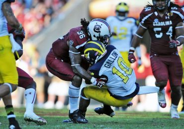 Football fans relieved that Outback Bowl will air