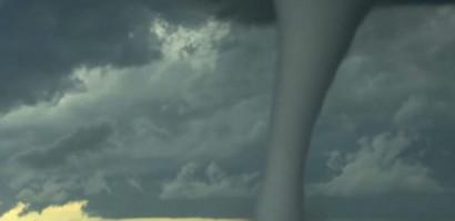 Tornado kills three in Arkansas