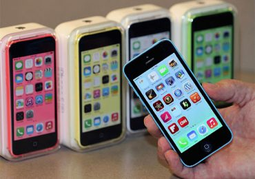 Apple Started selling contract-free iphone 4s in the US
