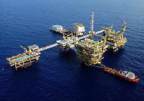 Shell finds huge gas reserve offshore Malaysia