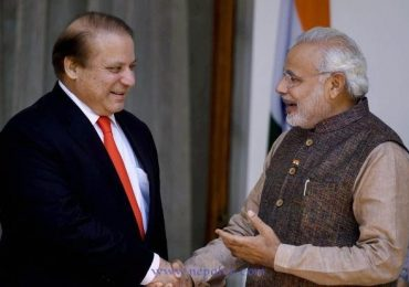Modi and Sharif shake hands and talk briefly in Kathmandu