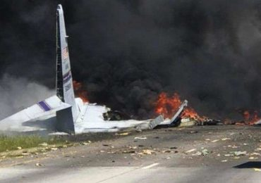 Military cargo plane crashes in Iran killed 15 People on Board