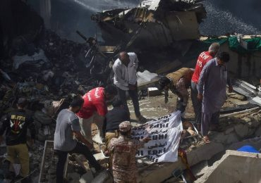 Pakistan plane crash killed 97 Reported Turbulence