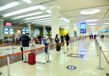 Scheduled Emirates flights resumed at Dubai Airport?